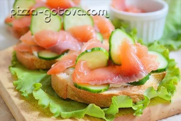 бутерброди с красной рыбой фото