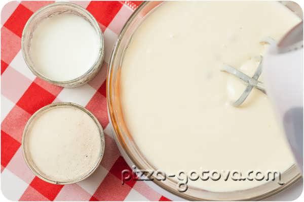 добавить манную крупу и молоко