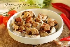 добавлять мясо с луком