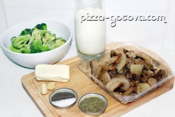 Ингредиенты для грибного супа в мультиварке