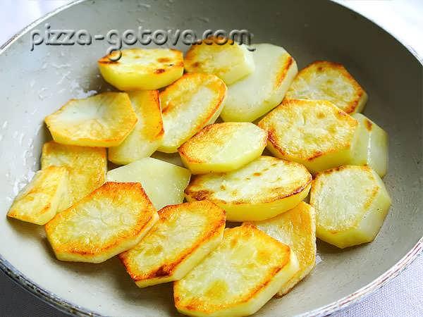 обжарить картошку в масле
