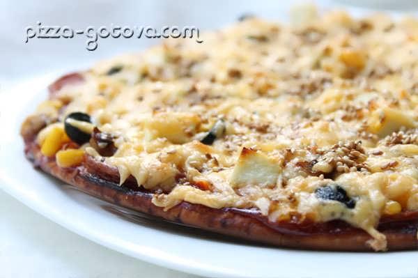 Пицца с сыром фета, фото
