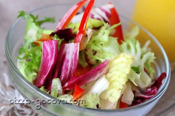 Салат Италия из лука порея